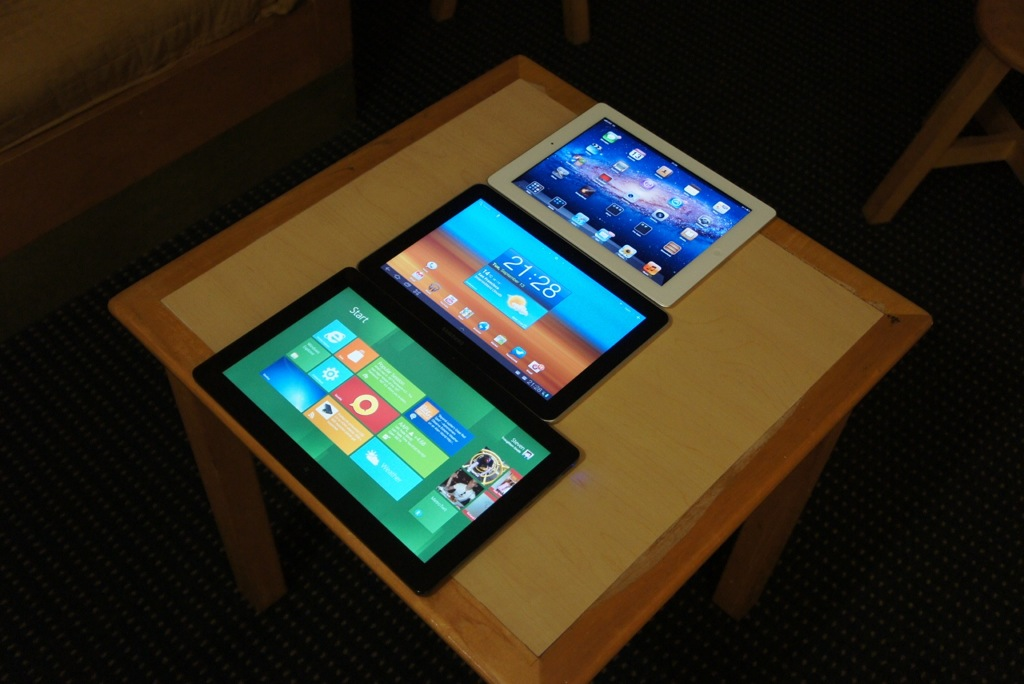 tablette tactile windows 8 images. Black Bedroom Furniture Sets. Home Design Ideas